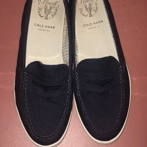 Navy Boat shoes.